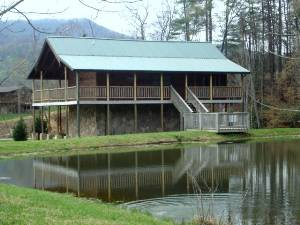 Pigeon forge vacation rentals fishing hole fish right for Pigeon forge fishing