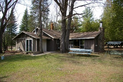 hale vacation rentals log cabin rental in hale michigan