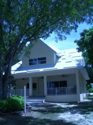 Key largo vacation rentals bayfront beach house with - 20 bedroom vacation rentals florida ...